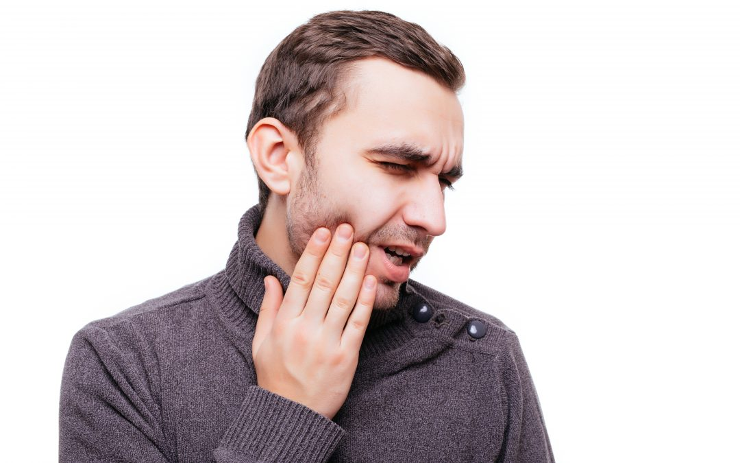 Experiencing Tooth Pain? How to Tell If You Need Root Canal Treatment